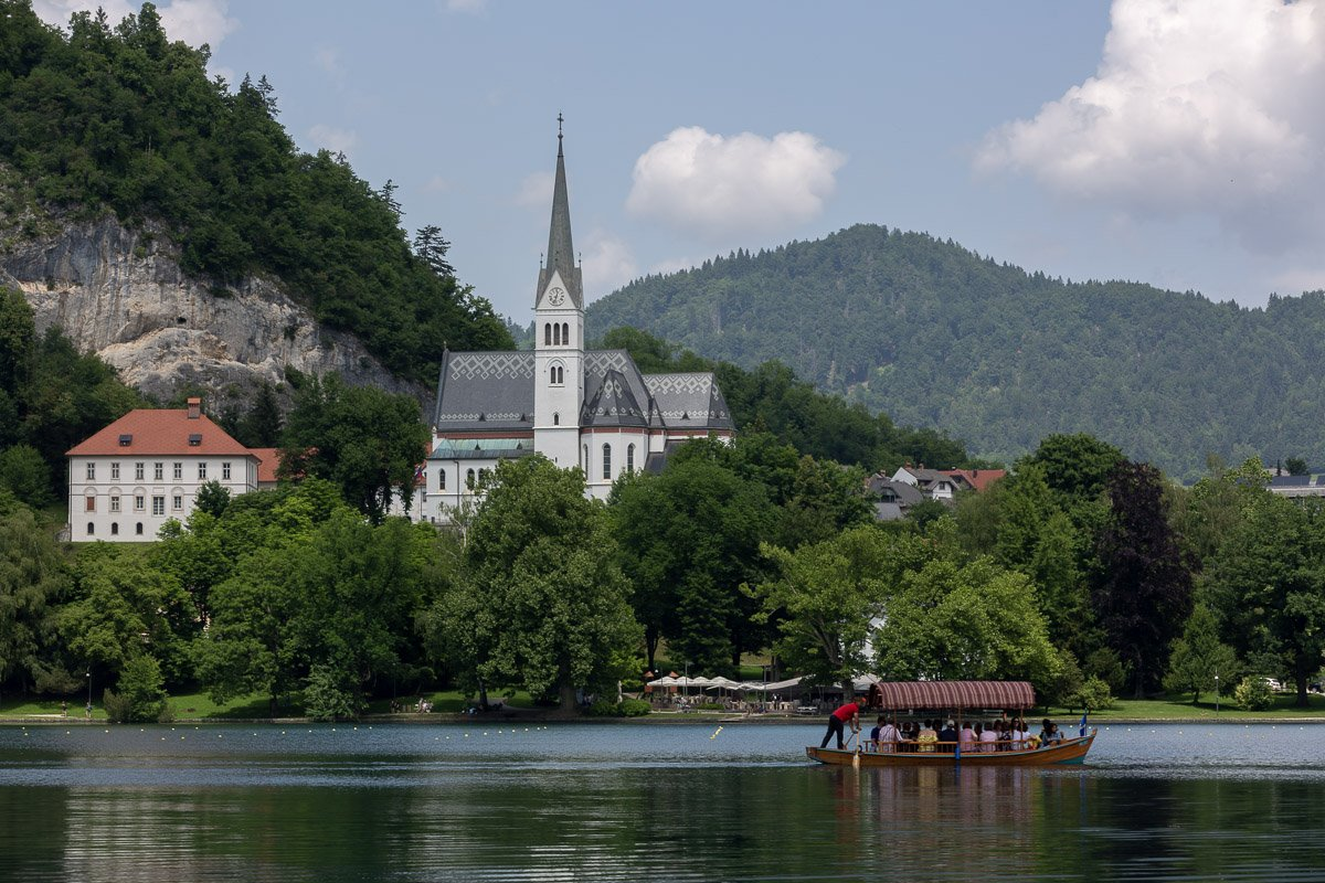 Wedding in Lake Bled church